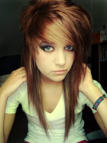 Emo frisuren für mädchen girls